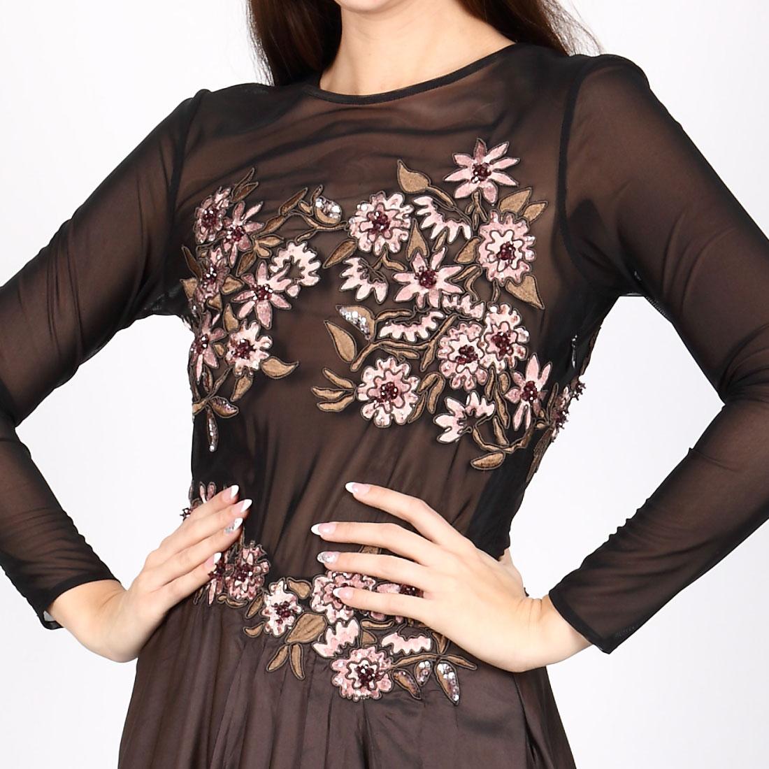 0568705e61d9 Vyšívané šaty na čiernom priesvitnom tyle s taftovou sukňou a dlhým ...
