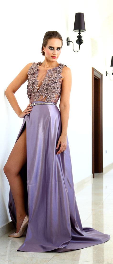 Dvojdielne fialové šaty s vyšívaným staro-ružovým topom s fialovou sukňou 1edf1efaa5f