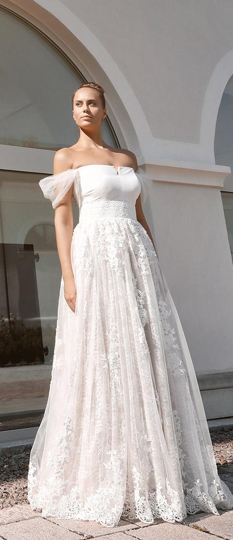 Sexy krajkové biele šaty s korzetom