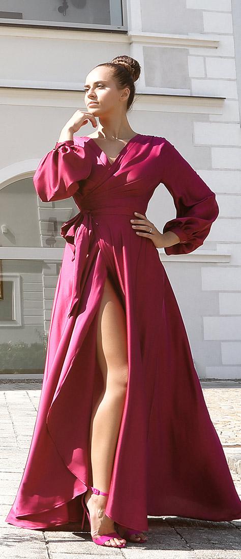 Županové fuschia šaty zo saténu
