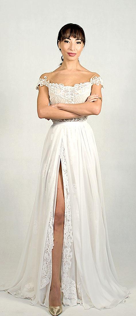 Dvojdielne krajkové šaty s padavou kruhovou sukňou