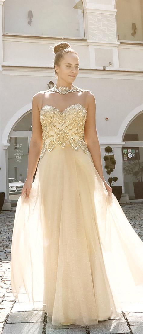 Zlaté korzetové šaty s dlhou sukňou